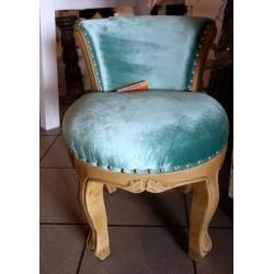 Romantyczny stylowy fotel