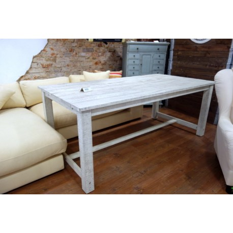 Stół ogrodowy z drewna akacjowego