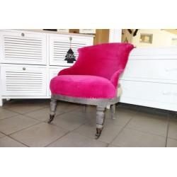 Aksamitny różowy fotelik