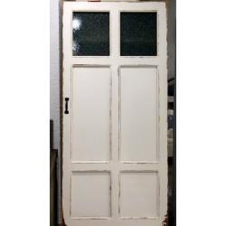 Szafa na obuwie ze starych drzwi